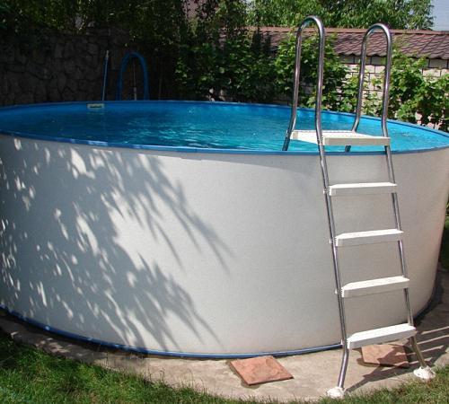 Как легко сделать бассейн на даче
