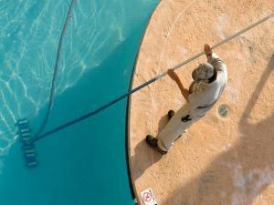 Самостоятельное обслуживание домашнего бассейна
