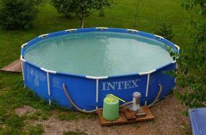 Как самостоятельно заклеить каркасный бассейн