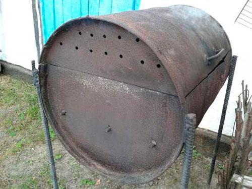 Выдвижной стеллаж для кухни кладовой
